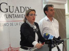 La inclusión del eje Caparacena-Baza-La Ribina en la planificación energética abre nuevas expectativas para el ramal de la línea que da cobertura a Guadix y Marquesado