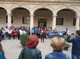 Guadix alza un mes más la voz contra la violencia de género y reclama mayor atención en la lucha para erradicarla