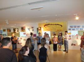 La exposición de trabajos del Centro Sociocultural Pedro Poveda podrá visitarse hasta este sábado en la Oficina de Turismo